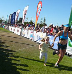 Mum may be the Champ but Charli still picks out the photo-op before she does!